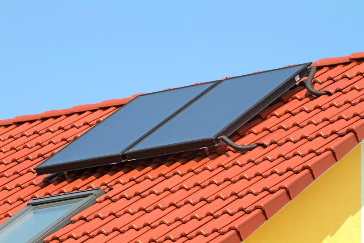 Instalacja solarna oparta na kolektorze słonecznym. Zasada działania