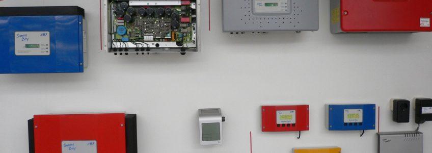 Falownik do instalacji fotowoltaicznej – jaki wybrać?